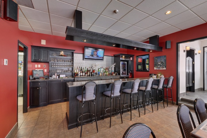 Marineau motel des 9 restaurant la tuque qc for Restaurant la cuisine dax