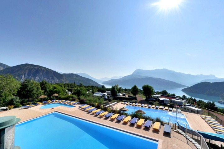 Galerie visite virtuelle 360 campings et caravanings - Camping lac serre poncon piscine ...