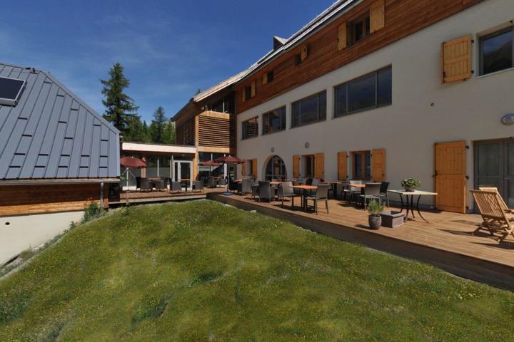 visite virtuelle refuge de bayasse uvernet fours 04. Black Bedroom Furniture Sets. Home Design Ideas