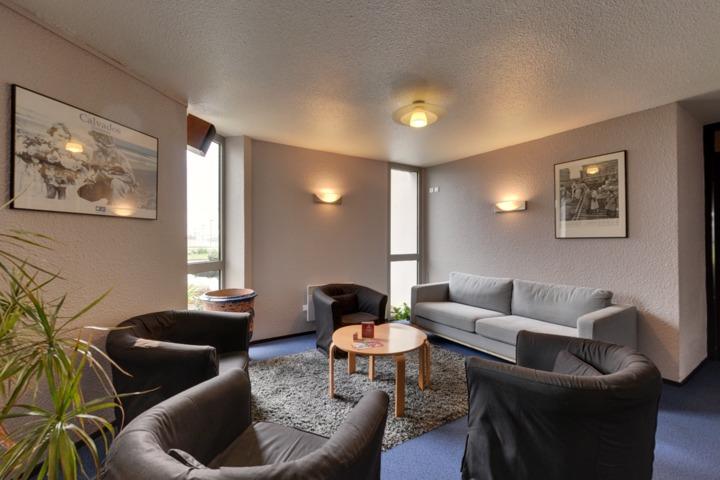best hotel caen h rouville saint clair. Black Bedroom Furniture Sets. Home Design Ideas