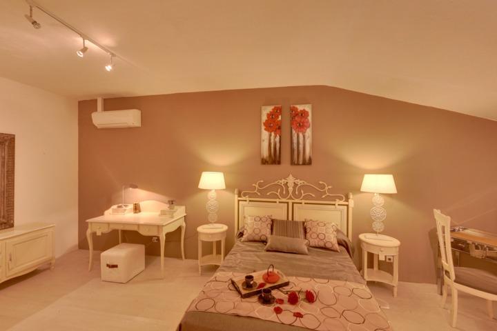 l 39 atelier du moulin de provence. Black Bedroom Furniture Sets. Home Design Ideas